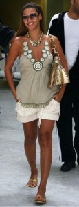Beyonce-Scores-High-For-Her-Casual-Style copia 2